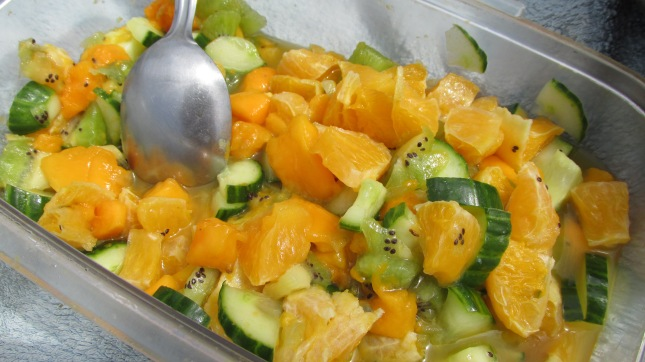 salade orange, mangue, concombre, kiwi